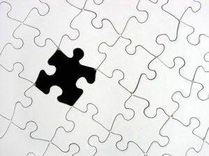 puzzle_black-white_missing